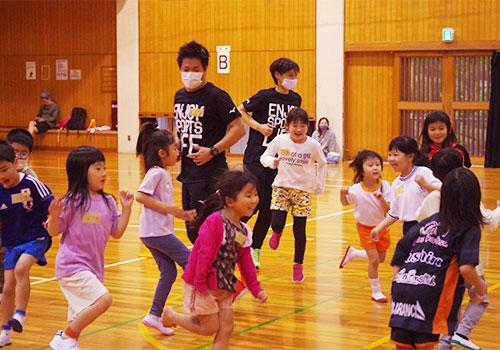 子供の運動遊びプログラム